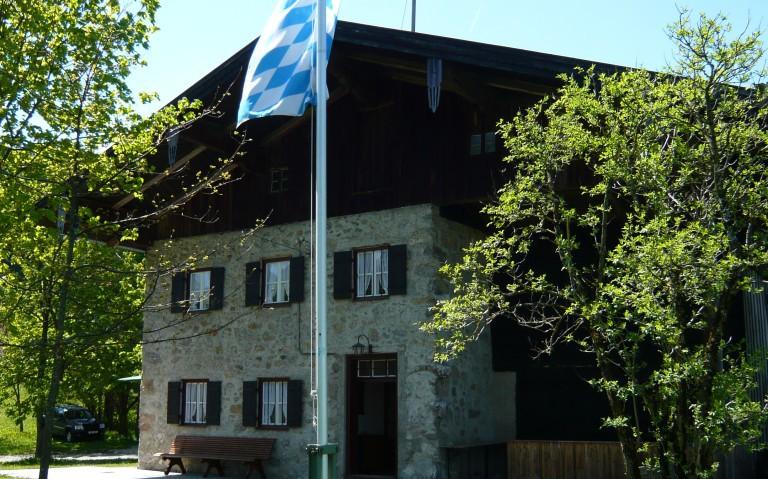 Aenanenhütte mit Bayernfahne